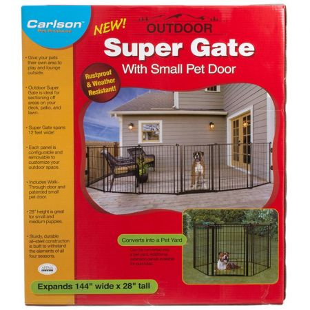 Carlson Pet Gates Carlson Super Gate with Pet Door