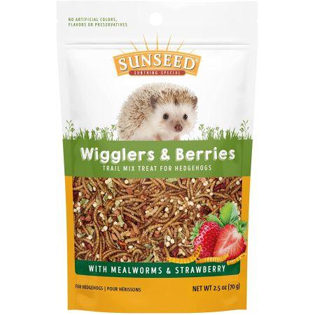 Sunseed Vita Prima Wigglers & Berries Trail Mix Hedgehog Treat